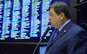 Deputado federal Cesar Halum (PRB_TO)