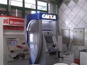 caixas eletrônicos do supermercado São Judas Tadeu