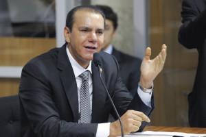 Candidato ao Governo, Ataídes Oliveira(PROS)