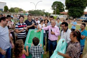 José Geraldo participou junto com o prefeito Sebastião de Lima Oliveira (PTB) da inauguração da Praça Gercina Ramos