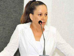 Deputada Josi Nunes (PMDB)
