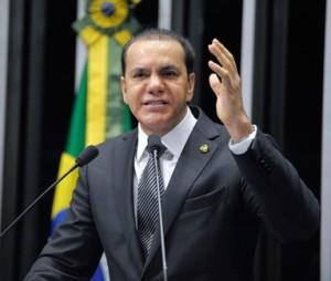 Ataídes Oliveira (PROS)