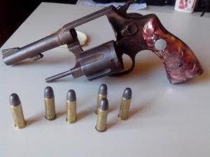 Arma apreendida com José Raimundo
