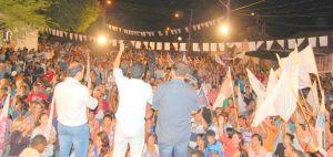 Comício em Taquaruçu