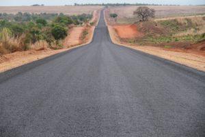 Com extensão de 44,68 Km, o avanço físico da obra na TO-239, de Guaraí a Tupiratins, já está em 79,12%