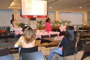 Palestra realizada chamou atenção do público para a prevenção e o combate ao câncer de mama