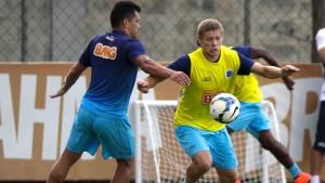Marlone está no Cruzeiro desde o início do ano e segundo o pai Jaldo Saraiva o meia passa pelo melhor momento