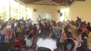 palestra aos estudantes