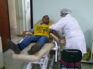 Presidente do Sinpol, Moisemar Marinho. também participa da manifestação solidária