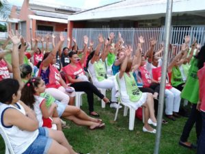 Assembleia em Miracema servidores deliberando continuidade da greve
