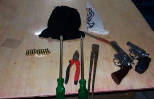 Material apreendido com suspeitos em Augustinópolis