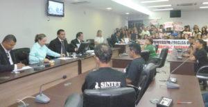 Audiência pública solicitada pelo deputado Wanderlei Barbosa discute greve da educação