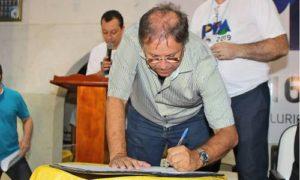 Marcelo Miranda assina Ordem de Serviço para retomada da pavimentação da TO-126