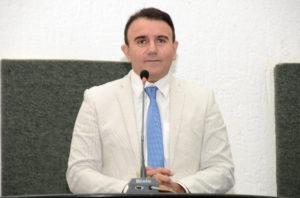 Deputado Eduardo Siqueira Campos (PTB)