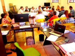 Diretoria do Sintras reunida para tomar decisões antes do fechamento do acordo