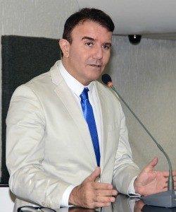EduardoSiqueira250-250x300