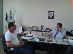 Manoel Miranda e o secretário Geferson Barros em reunião