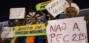 Índios protestam na abertura dos Jogos Mundiais dos Povos Indígenas