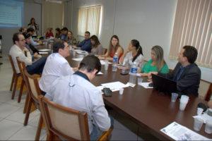 Reunião com representantes da saúde trata de fila de espera