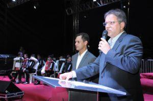 O governador Marcelo Miranda, na ocasião, desejou aos tocantinenses um feliz natal e próspero ano novo