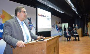 O secretário da Administração, Geferson Oliveira, estima uma meta inicial para 2016 de uma economia de R$ 23 milhões