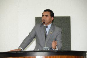 """""""Palmas não pode ser um balcão de negócios do grupo de Amastha"""", diz deputado"""