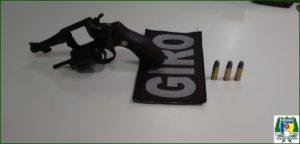 Arma apreendida com dupla de menores infratores em Aragua ína.