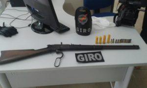 Arma de fogo e munições apreendidas pelo GIRO em Aragua ína.