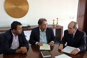 Elenil media, no Palácio Araguaia, reunião entre o governador Marcelo Miranda e o prefeito de Araguaína Ronaldo Dimas