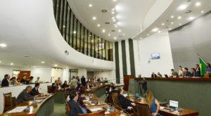 21 deputados se manifestaram pela suspensão do processo/ Foto: Koró Rocha