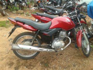 Moto utilizada pelo assantante em Araguaína