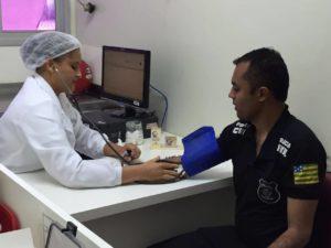 """""""A doação de sangue é uma forma de solidariedade dos policiais civis com a sociedade"""", disse o presidente Moisemar Marinho"""