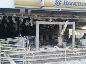 agencia foi destruida por bandidos durante assalto