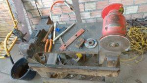 Ferrramentas utilizadas na fabricação das armas de fogo  artesanais.