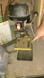 Mais ferramentas utilizadas em oficina clandestina