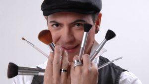 Maquiador Dicésar será uma das atrações da feira