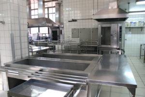Cozinha do HGP no horário do almoço