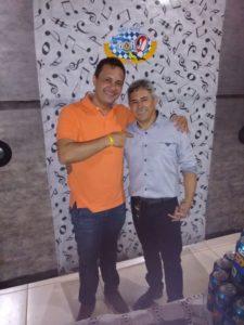 Niro e o amigo João Renildo