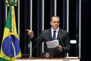 Ataídes Oliveira