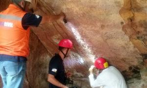 Vistoria na gruta de Santa Maria