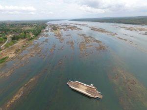 Rio Tocantins em Tocantinópolis - nível da água baixo