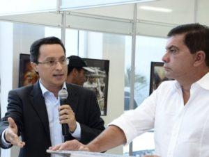 Danilo Melo - secretário da educação e Prefeito Carlos Amastha
