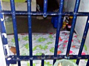 Grade cerrada pelos detentos